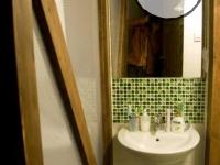 łazienka pod antresolą-very wood