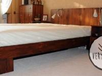 łóżko z płyty laminowanej wraz z zabudową sypialni - very wood