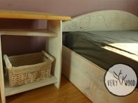 bielona szafka nocna z litego drewna2 - very wood