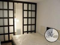 garderoba z drewnianym łóżkiem1 - very wood